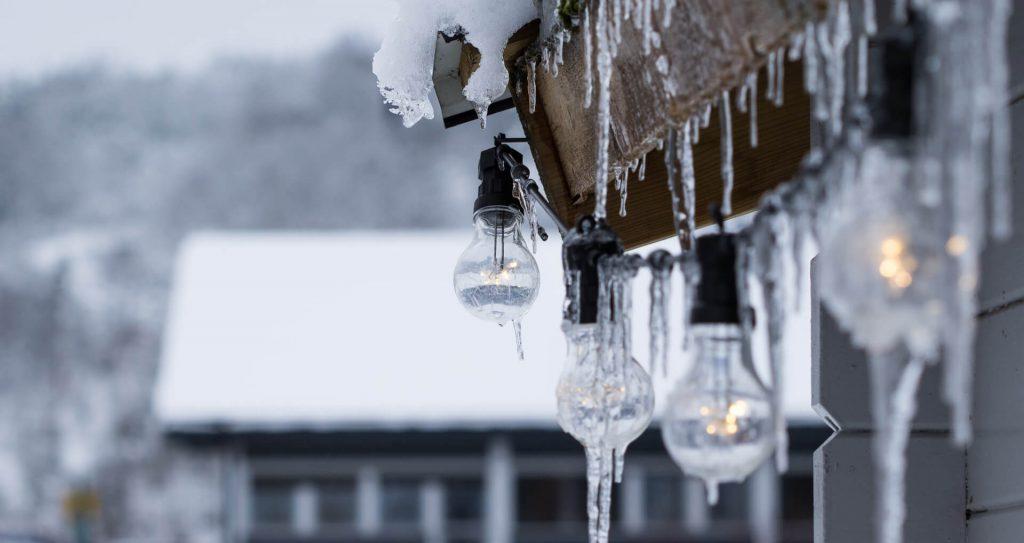Jak pompa ciep艂a pracuje zim膮 podczas niskich temperatur